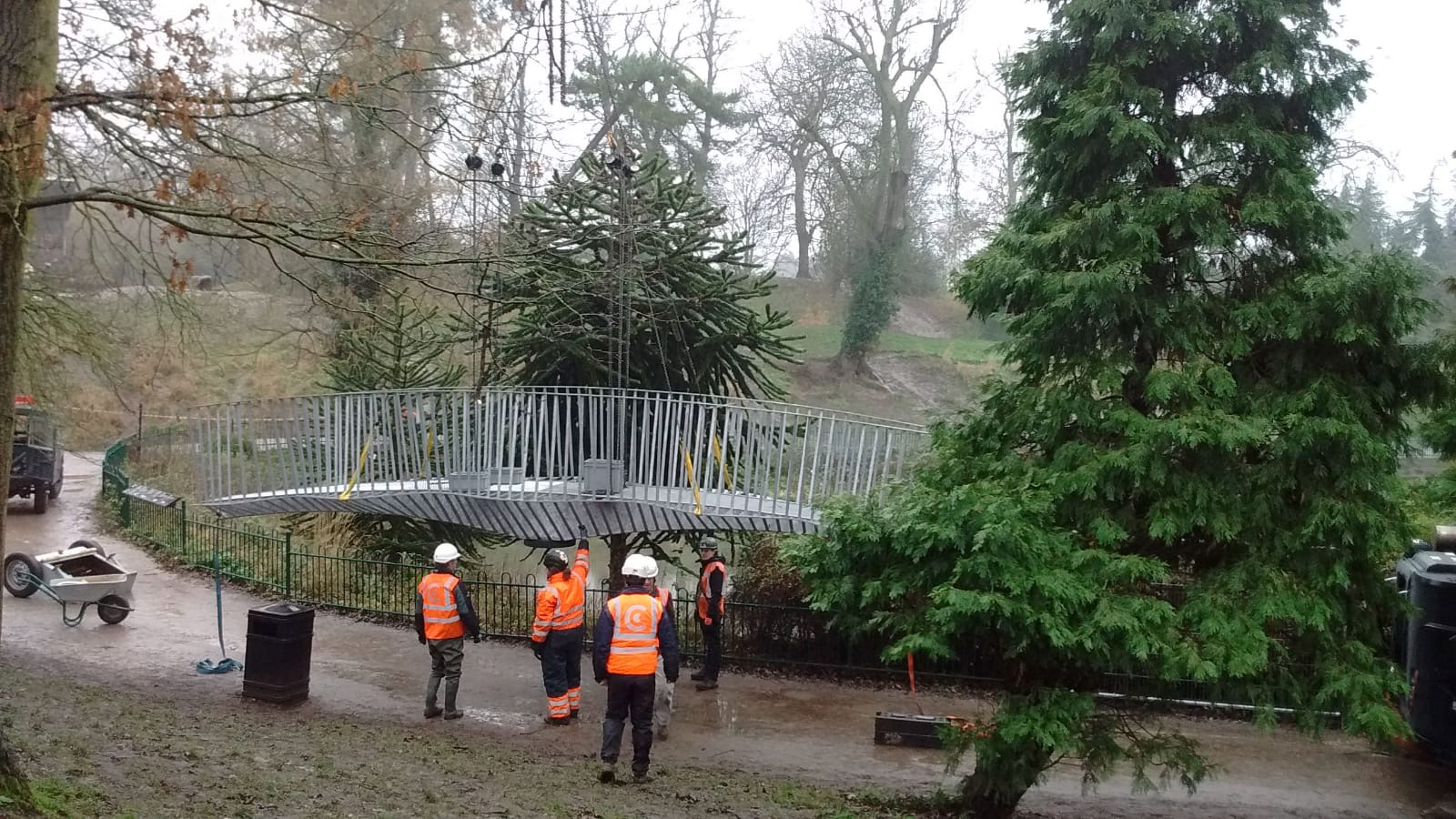 Installation of the Dino Bridge