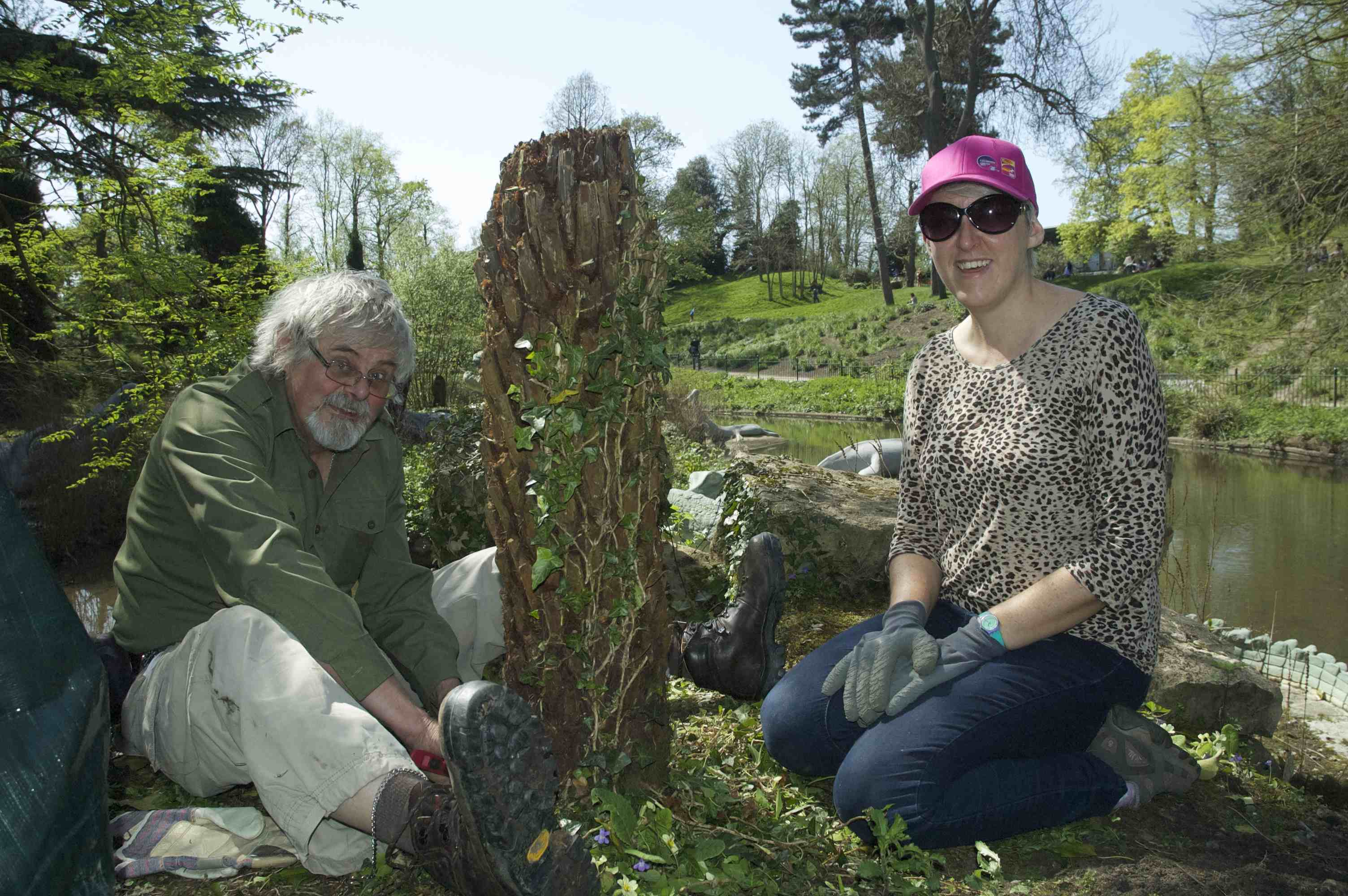 Paleo Planting volunteers 3